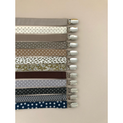 Fabric dummy holder with metal clip.